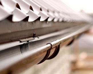 Recherche et réparation de fuite de toiture à Valenciennes